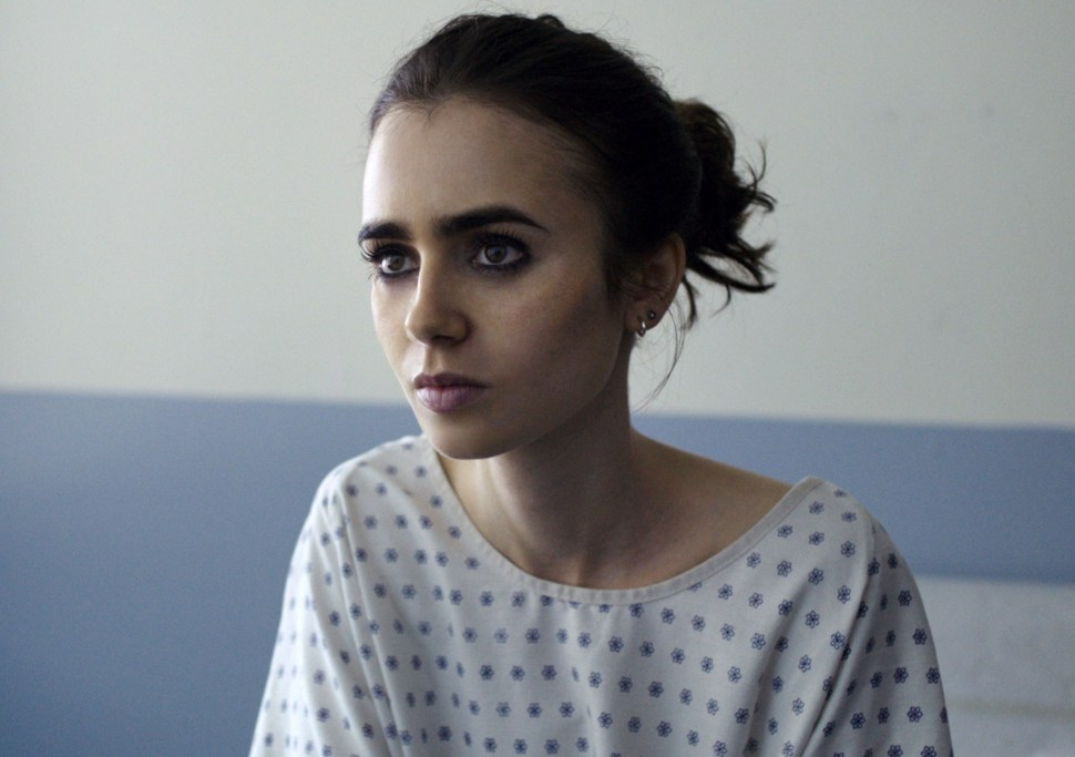 to-the-bone-lily-collins-02